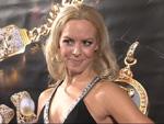 Isabel Edvardsson: So feiert die schöne Tänzerin Weihnachten!