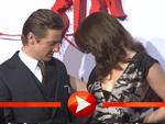 Jeremy Renner umarmt Gemma Arterton