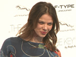 Jessica Schwarz: Verzweifelter Kampf mit elektrisierten Kleidern