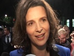 "Juliette Binoche: ""Badet"" in Berliner Fans!"