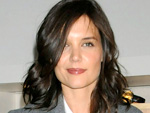 Katie Holmes: Tattoo am linken Handgelenk?