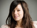 Lily Allen: Betteln für den ersten Platz