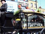 Malcolm McLaren: Punkige Beerdigung