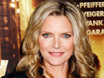 "Michelle Pfeiffer: Sexy ""Streber-Look"" dank Brille"