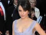 Mila Kunis: Begleitet Soldaten zum Marine Corps Ball