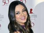 Mila Kunis: Freut sich über pralle Oberweite