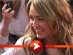 Miley Cyrus bei der Premiere im Interview