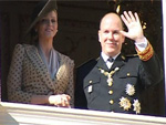 Nationalfeiertag in Monaco: Fürst Albert zeigt Charlene Wittstock dem Volk!