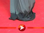 Penelope Cruz macht ein nasses Kleid nichts aus