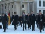 Prinz Harry: Erster Spaziergang in Berlin!