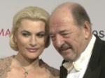 Rosenball 2012: Schöne Paare und eine dicke Spendensumme