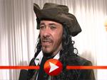 Sven Martinek als Pirat