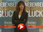 """Sophie Marceau rührt die Werbetrommel für ihren Film """"Und nebenbei das große Glück"""" in Berlin"""