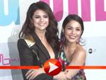 Selena Gomez und Vanessa Hudgens haben sich ganz doll lieb in Berlin