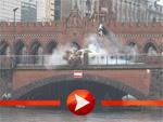 """""""Horror-Crash"""" auf der Berliner Oberbaumbrücke"""