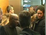 Take That: Stecken im Fahrstuhl!