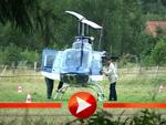 Tom Cruise fliegt Hubschrauber