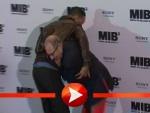 Will Smith und Barry Sonnenfled kämpfen miteinander