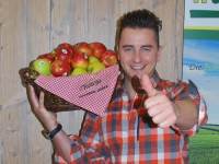 Andreas Gabalier findet Äpfel aus der Steiermark gut