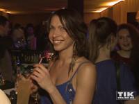 Jana Pallaske genoss ihren Drink bei Berlinale Gala Opening Night