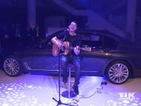 Cris Cab performt bei der Premiere des neuen 7er BMW in Berlin