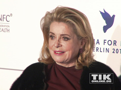 "Catherine Deneuve bei der ""Cinema for Peace""-Gala 2014"