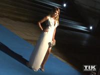 Wie einst Angelina Jolie: Sylvie Meis lässt ihr Bein blitzen bei der Cinema for Peace Gala 2015