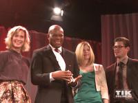 George Ezeani, Preisträger des Thomas-Fuchsberger-Preises 2015, mit Valerie Niehaus, Jennifer Fuchsberger und Julien Fuchsberger bei der Diabetes Gala 2015