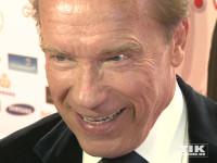 He will be back: Arnold Schwarzenegger mit diabolischen Blick bei der Goldenen Kamera 2015