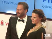 Das frisch verlobte Paar Sasha und Julia Röntgen bei der Goldenen Kamera 2015