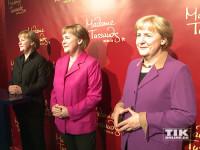 Zum zehnten Dienst-Jubiläum von Angela Merkel stellt Madame Tussauds Berlin erstmals alle drei existierenden Wachsfiguren der Kanzlerin aus