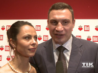 """Vitali Klitschko kam mit Ehefrau Natalia zu """"Ein Herz für Kinder 2014"""""""