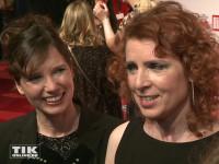 """Monica Lierhaus und ihre Schwester Eva bei der """"Ein Herz für Kinder""""-Gala 2015 in Berlin"""