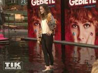 """Lena Meyer-Landrut auf der """"Feuchtgebiete""""-Premiere in Berlin"""