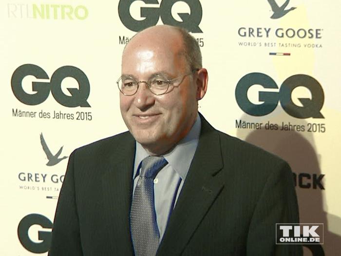 """LINKE-Politiker Gregor Gysi bei den GQ """"Männer des Jahres"""" 2015 Awards"""