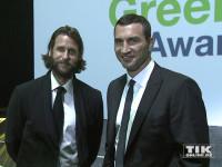 Wladimir Klitschko und der Umweltaktivist David Mayer de Rothschild beim GreenTec Award 2015