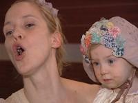 Jeanette Hain Und Ihr Baby Tikonline De