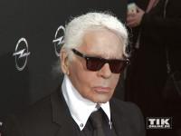 """Karl Lagerfeld mit etwas """"wilder"""" Frisur"""