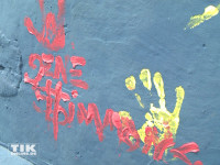 KISS-Star Gene Simmons malt in Berlin