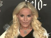 Blond wie immer kam Gina Lisa Lohfink zur Lausbuben-Party