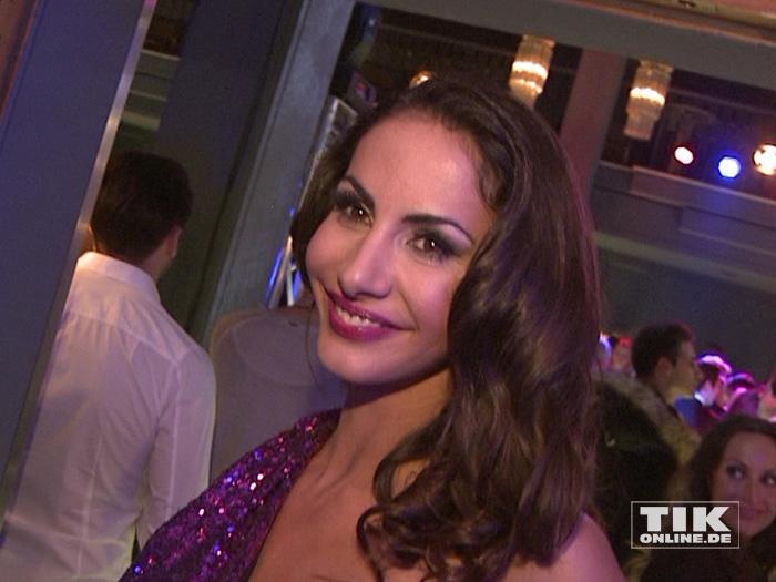 Teppichluder Janina Youssefian auf der Lausbuben-Party