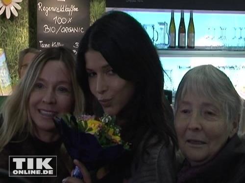 Micaela schäfer mit Mutter Martina und Oma Christel