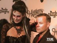Katrin Wrobel und Matthias Schlung bei der Halloween-Party von Natascha Ochsenknecht