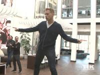 Oliver Pocher in Sieger-Pose