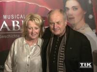 """Dietrich Mattausch kam mit seiner Ehefrau Annette zur """"Elisabeth""""-Musical-Premiere in Berlin"""
