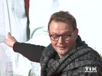 """Devid Striesow strahlt bei der Premiere von """"Ich bin dann mal weg"""" in Berlin"""