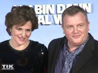 """Matina Gedeck und Hape Kerkeling bei der Premiere von """"Ich bin dann mal weg"""" in Berlin"""