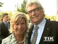 Die glühenden Merkel-Fans Marianne und Michael beim 60. Geburtstag der Kanzlerin