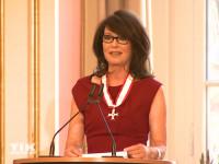 Iris Berben wurde mit dem Berliner Landesorden 2015 ausgezeichnet und hielt eine bewegende Dankesrede
