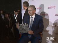Letzte Klappe für Klaus Wowereit auf der Weihnachtsfeier 2014 des Medienboard Berlin-Brandenburg